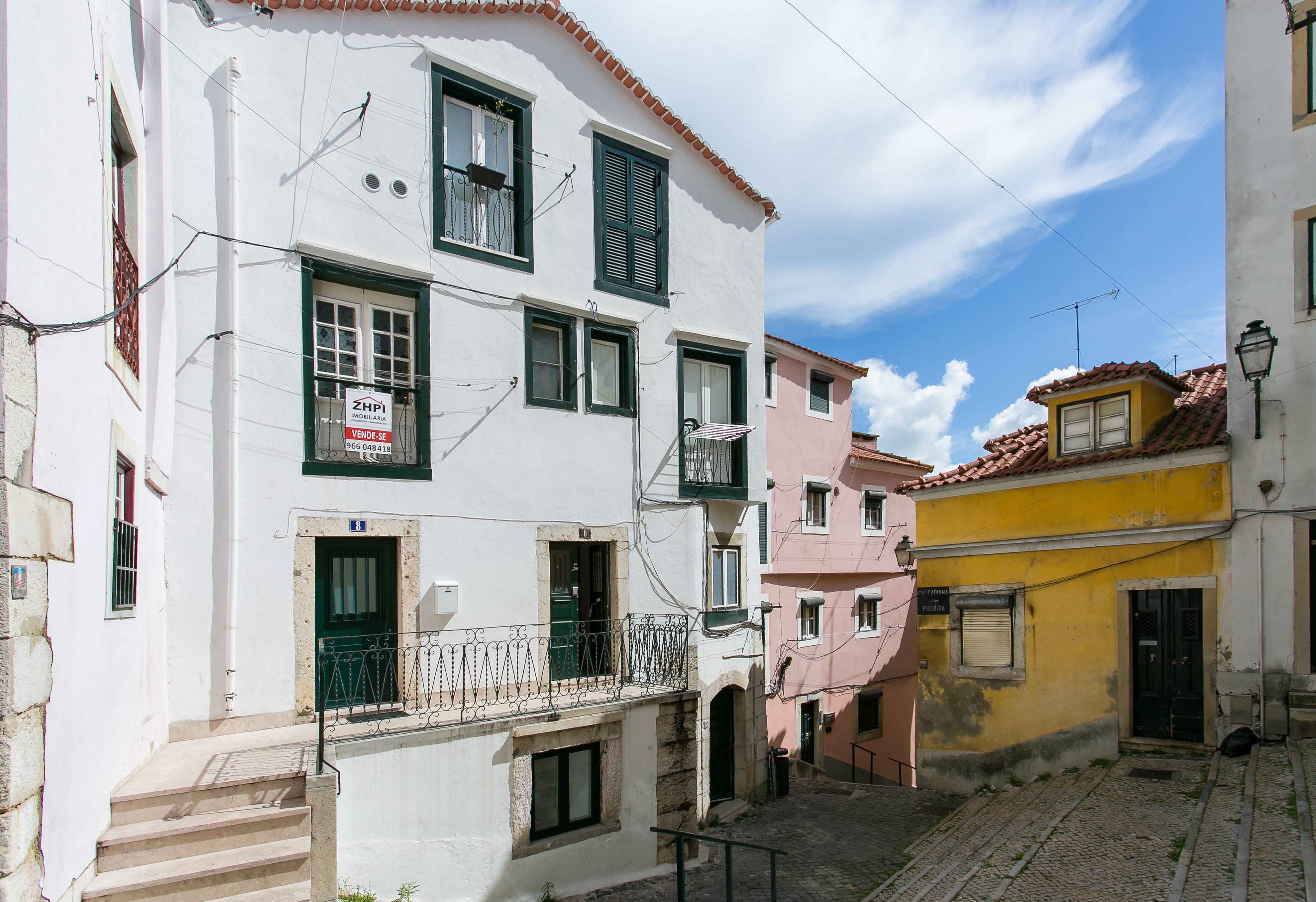Modern 2BR apartment in the Traditional neighbourhood of Alfama