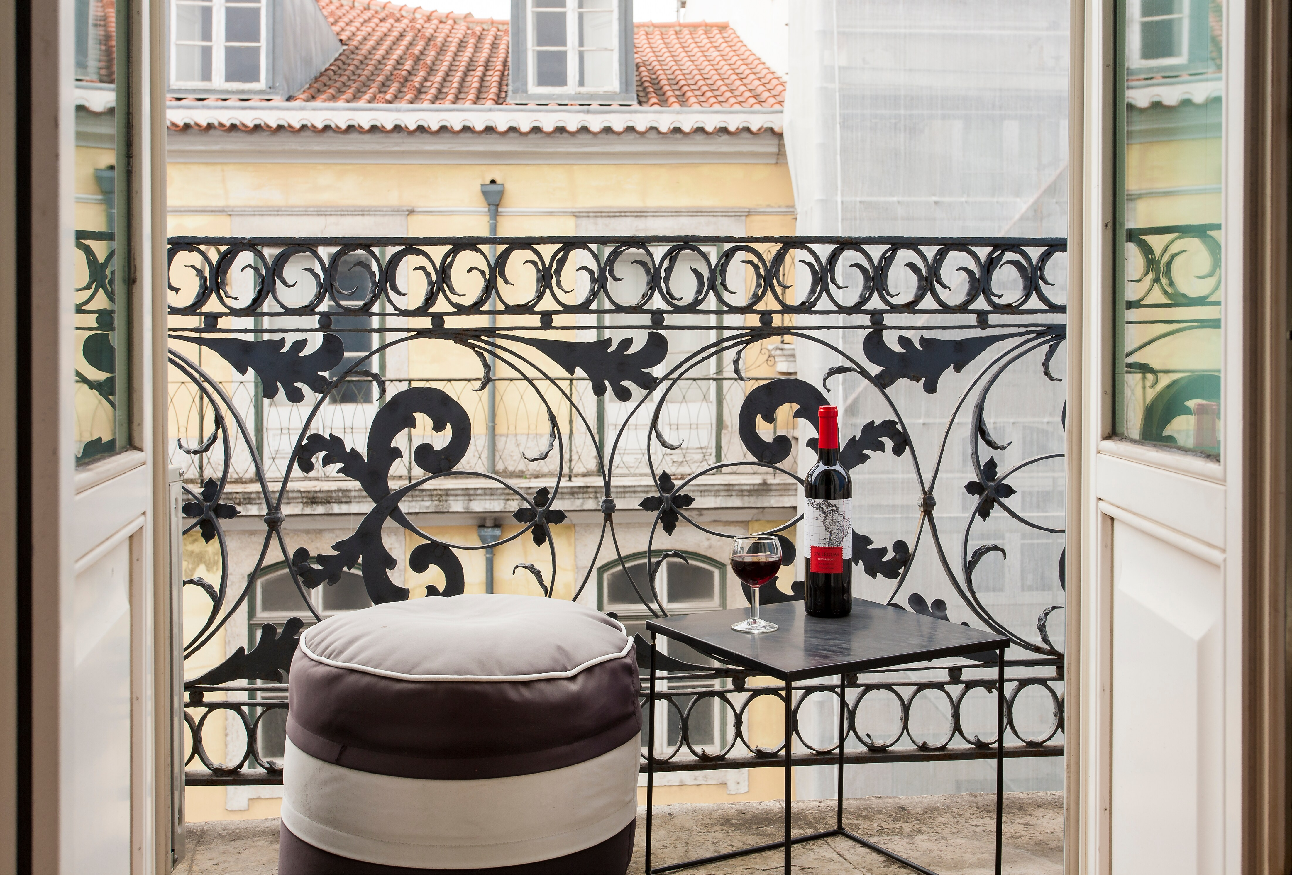 Elegant Two Bedroom Apartment with Patio in Downtown Lisbon