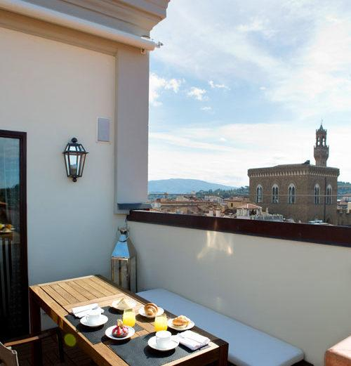 Historical Palazzo Apartment with Rooftop Views in Florence