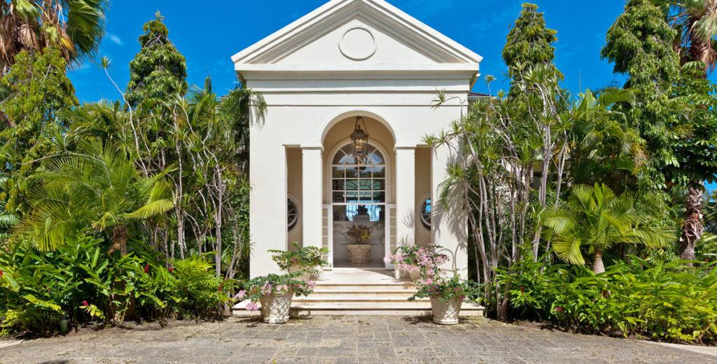 Stately Colonial Style Villa with Turquoise Beach Views