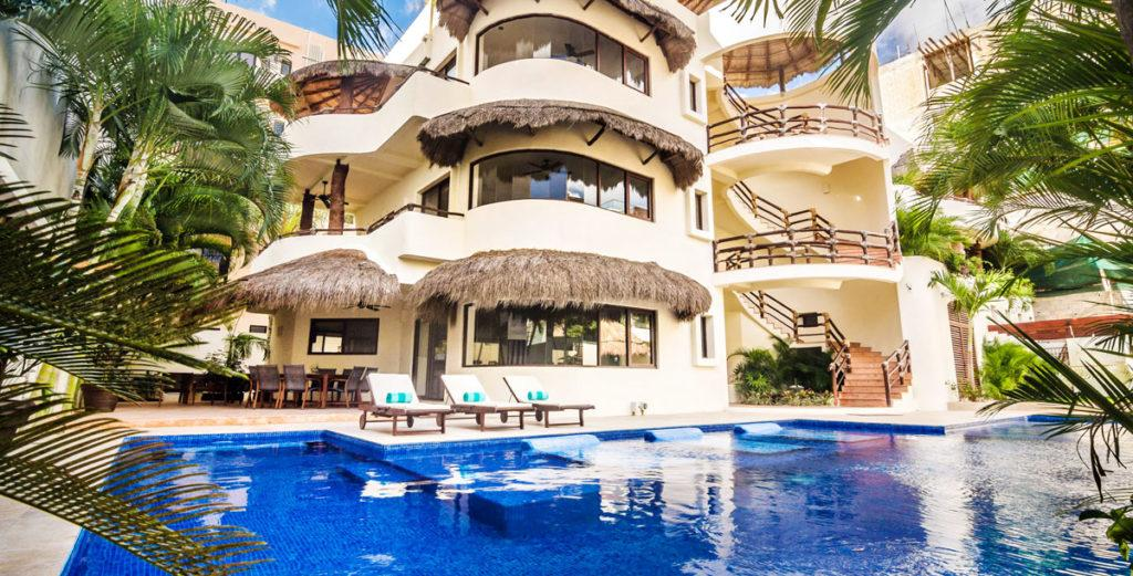 Property Image 2 - Well Located 9 Bedroom House in Playa del Carmen