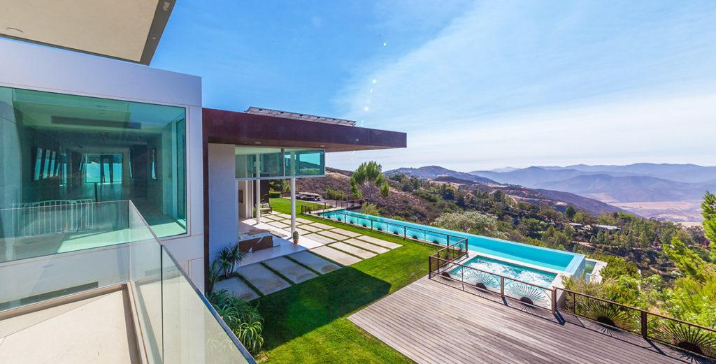 Hilltop Malibu Modern Home with Panoramic Views, Large Pool and Heli Pad