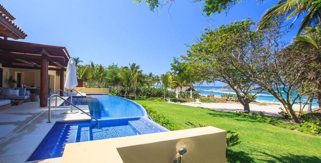 Property Image 2 - Expansive Home with Panoramic Views Of The Ocean