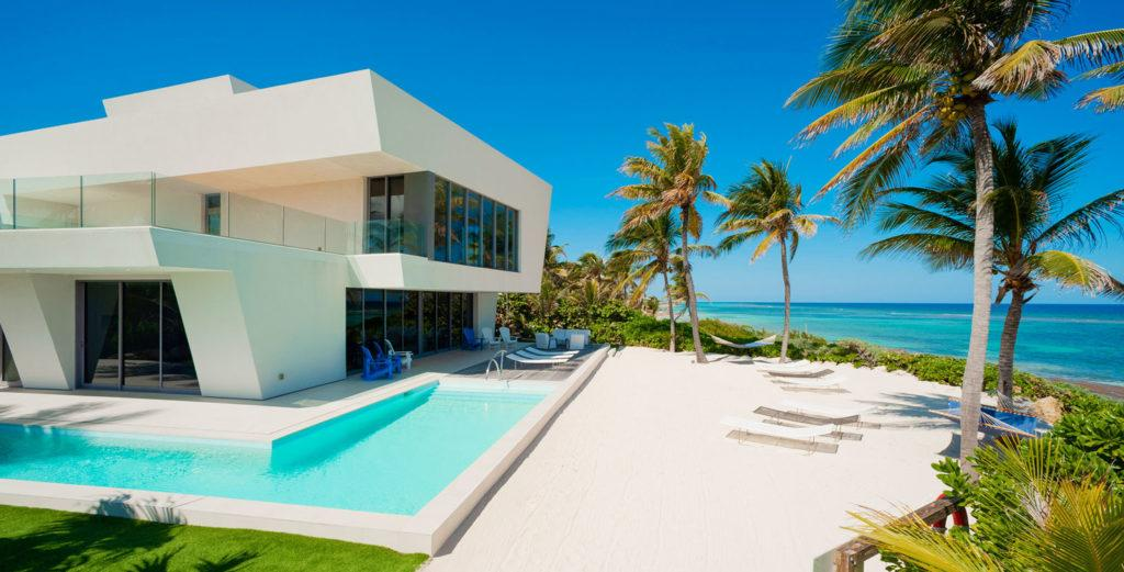 Contemporary House right on Private Oceanfront Beach