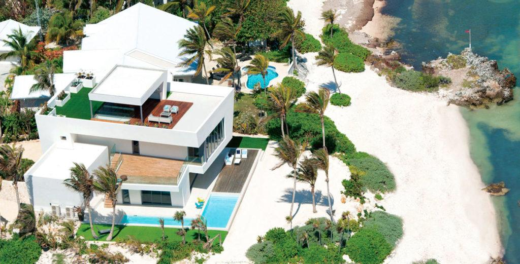 Property Image 2 - Contemporary House right on Private Oceanfront Beach