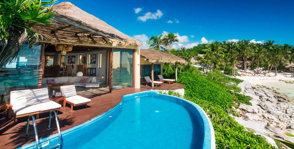 Property Image 1 - Spacious and Tropical Oceanfront Home with Swimming Pool