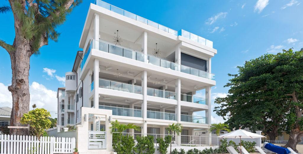 Stylish Condo with Expansive Double Balcony