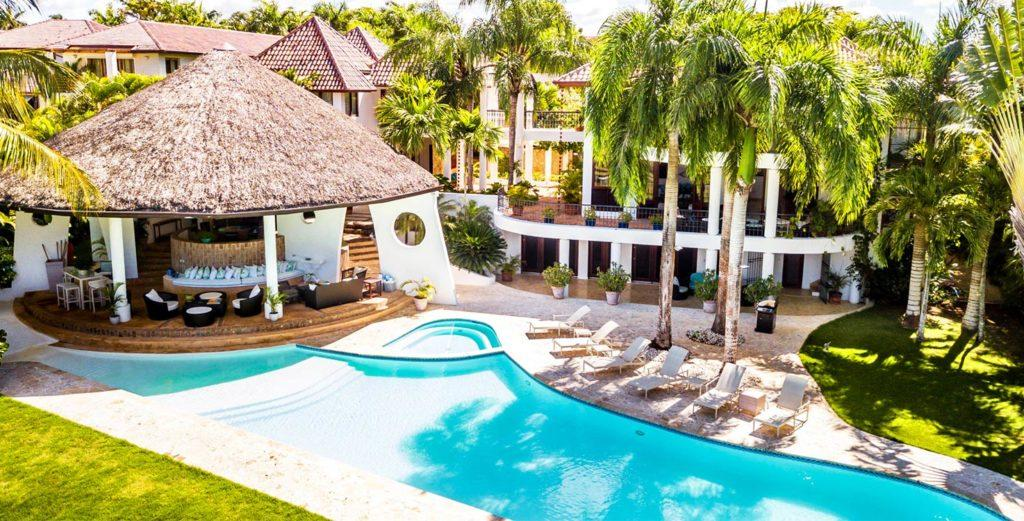 Property Image 1 - Resplendent Caribbean Villa with Gracious, Expansive Spaces