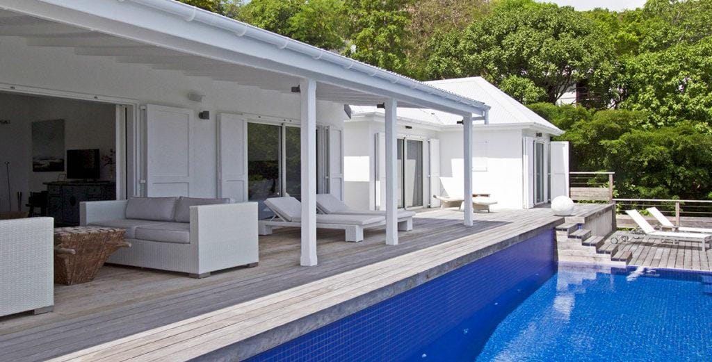 Open, Airy Flamands Villa with Two Alfresco Dining Areas
