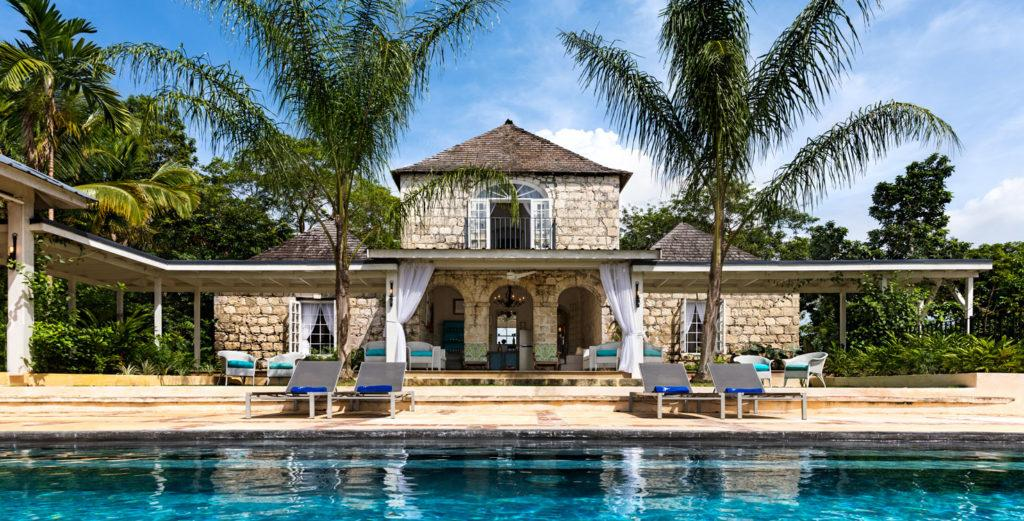 Stone Villa with Pool House And Al Fresco Dining