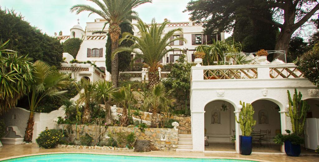 Property Image 1 - Hillside Mansion surrounded by Tropical Gardens