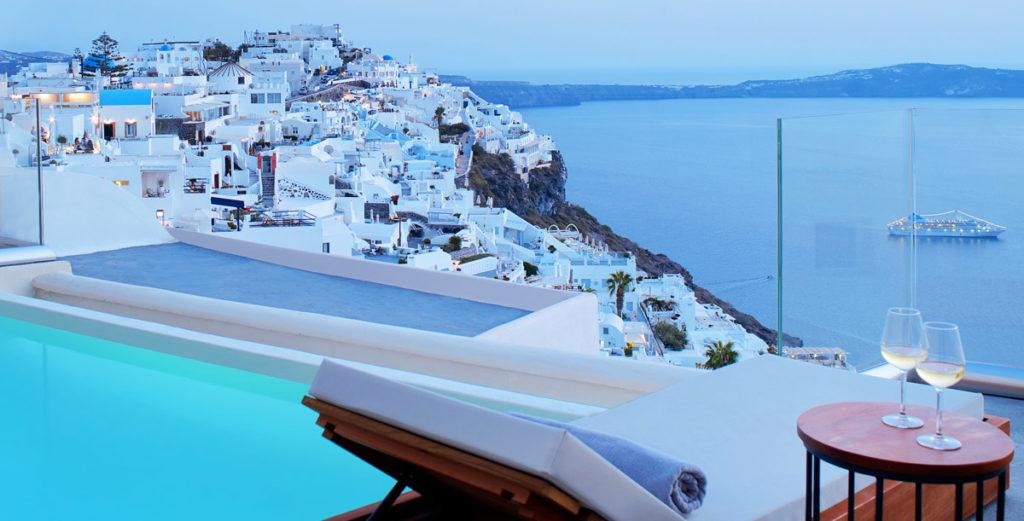 Beautifully-Decorated Santorini Villa with Private Outdoor Terrace