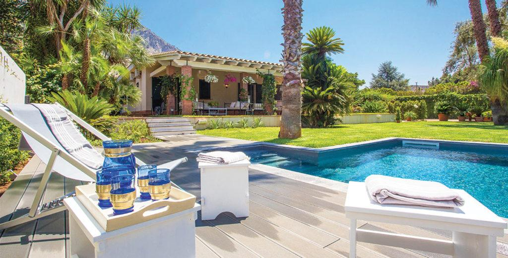 Property Image 2 - Stunning Family-Friendly Villa with Two Annexes Near Mondello Bay