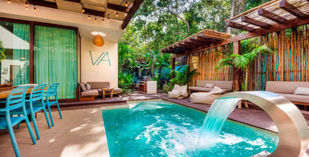 Property Image 2 - Chic Tropical Eco Villa in Town Center
