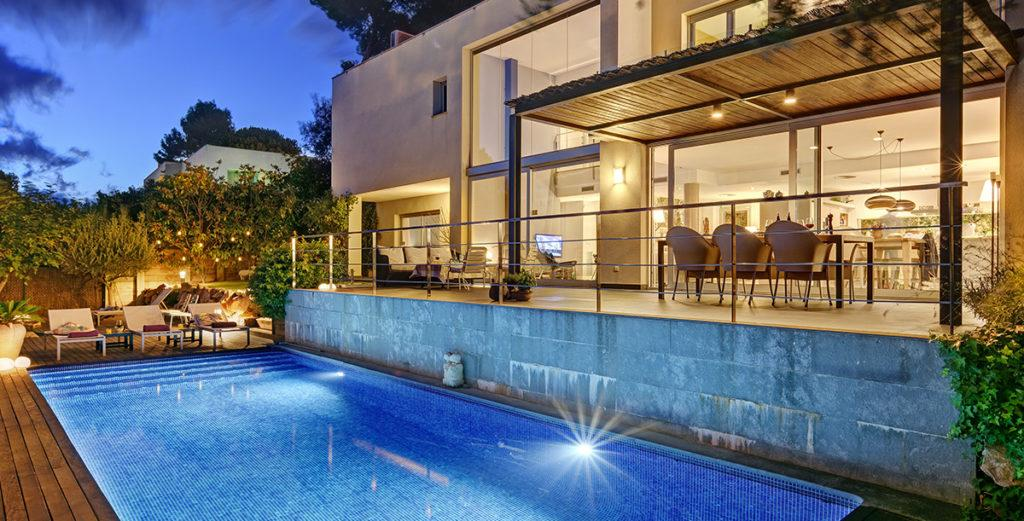 Property Image 2 - Modern Hill-side Villa with Pool Terrace and Garden