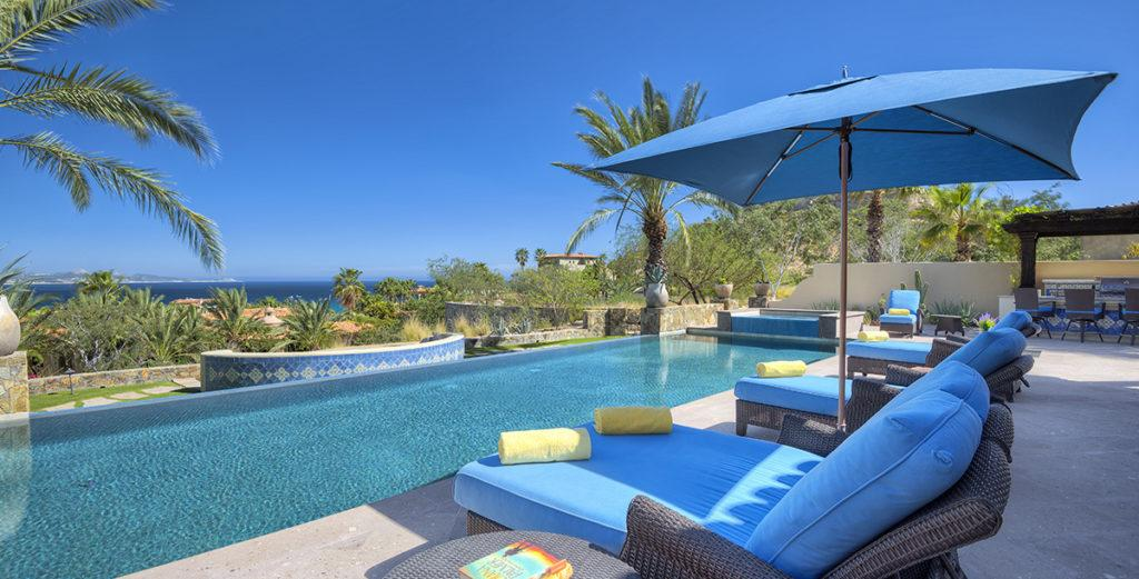 Grand Six Bedroom Mexican-style Oceanfront Villa with Infinity Pool and Lawn