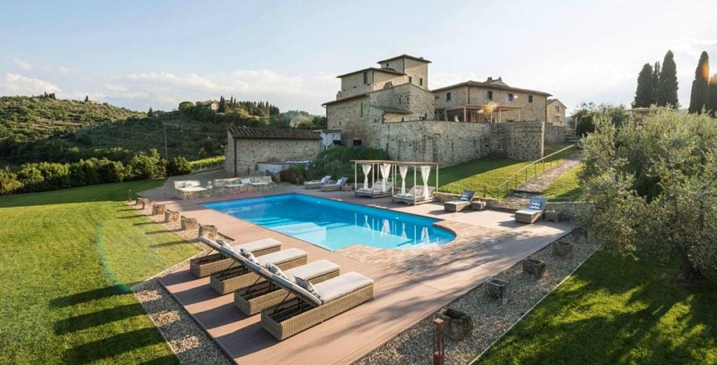 Property Image 2 - Superbly-Crafted Villa Blending Modernity and Medieval Charm