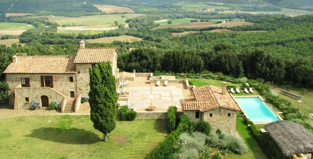 Property Image 1 - Exquisite Tuscan Villa on Large Country Estate