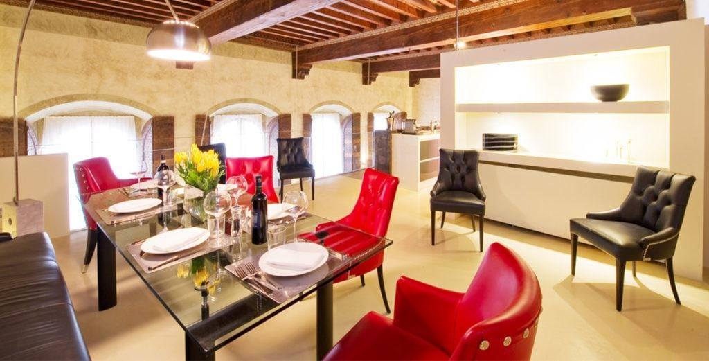 Beautifully-Renovated Penthouse Duplex in Historical Center of Florence