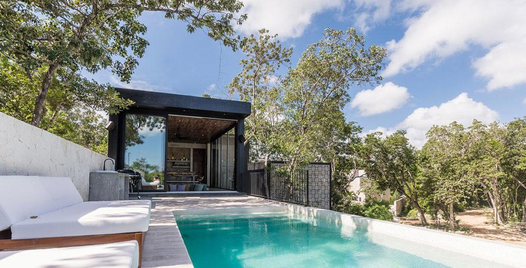 Property Image 2 - Stunning Modern Home with Pool and Tropical Gardens