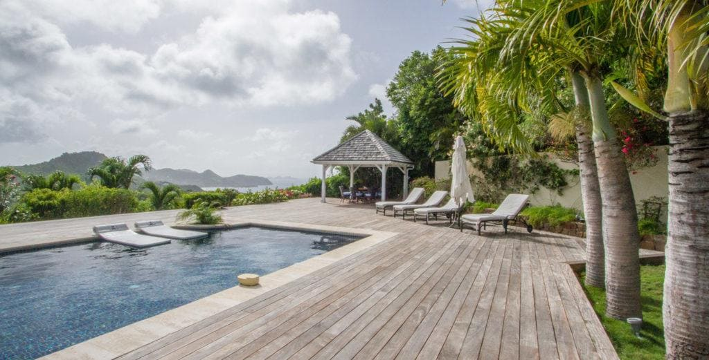 Property Image 1 - Superbly-Designed Villa with Wraparound Terrace in Petite Saline
