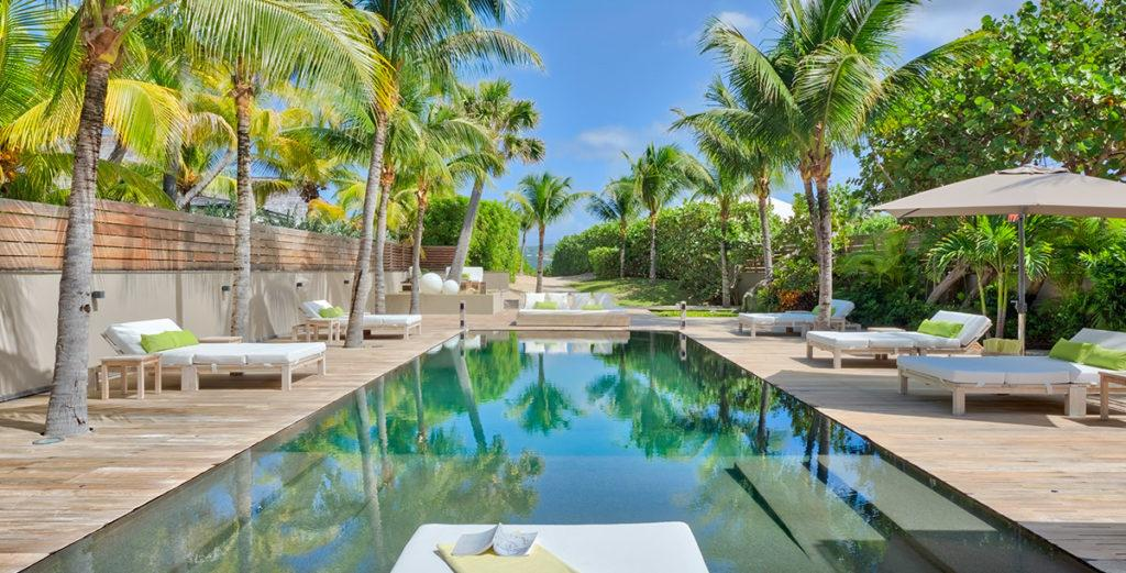 Stylish Family-Friendly Villa with Private Beach Access