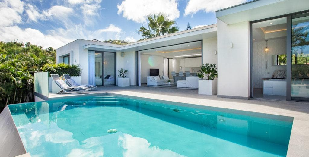 Enticing St. Jean Villa Close to Nikki Beach