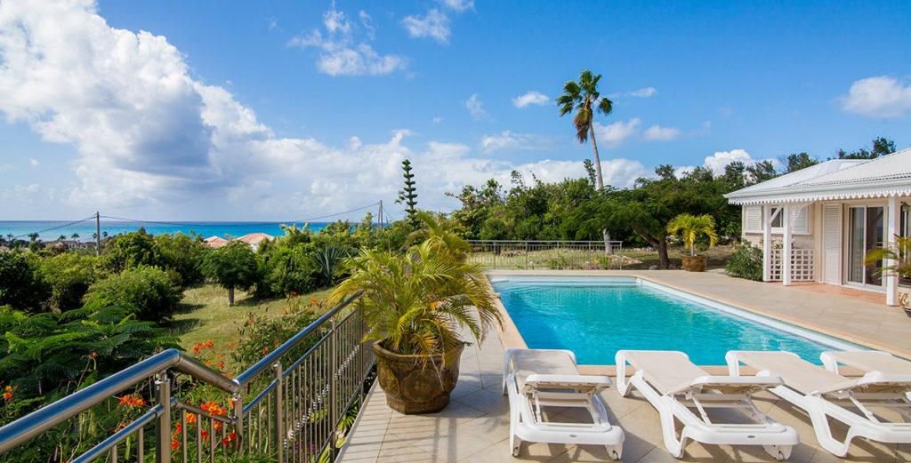 Newly Renovated Colonial-Style Villa Near Beach in Terres Basses