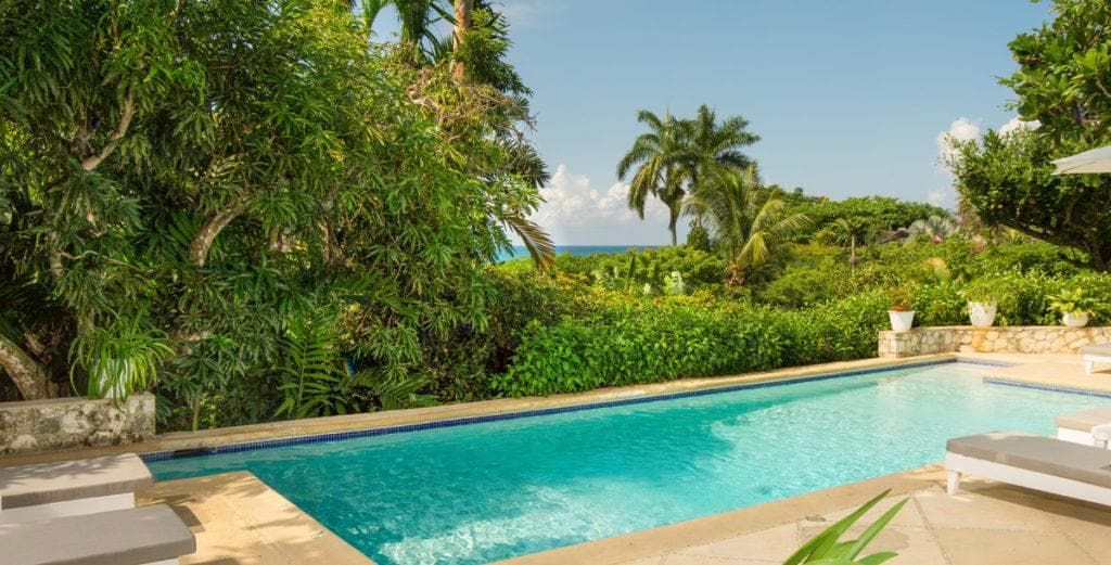 Quaint Cottage-Style Villa with Modern Amenities in Montego Bay