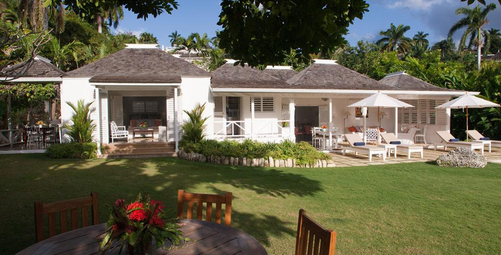 Comfortable Cottage-Style Villa with Pool in Montego Bay