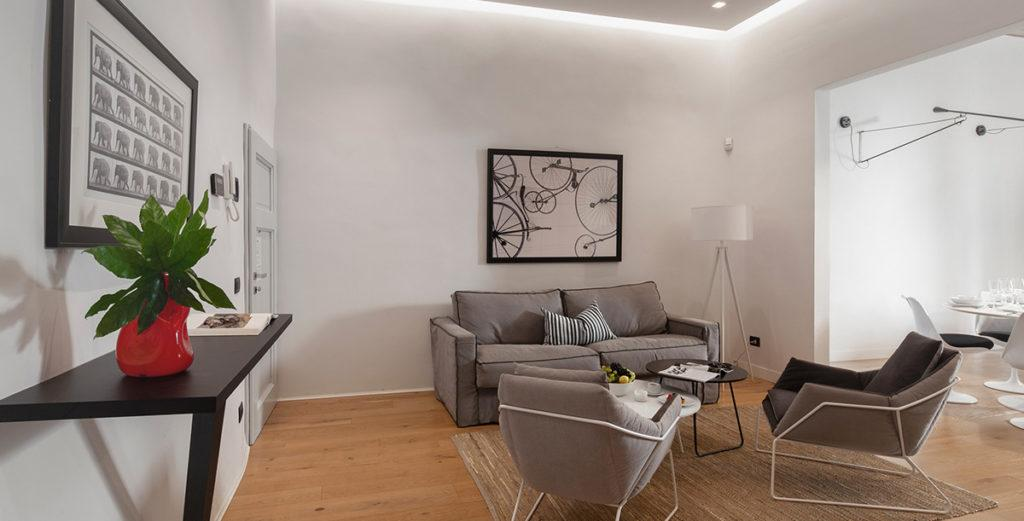 Modern Santa Croce Apartment Close to the Best of Historical Florence