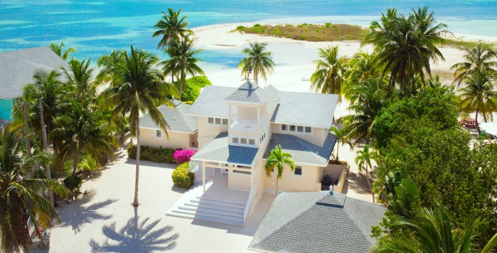 Property Image 2 - Tropical Dream House close to Local Entertainment