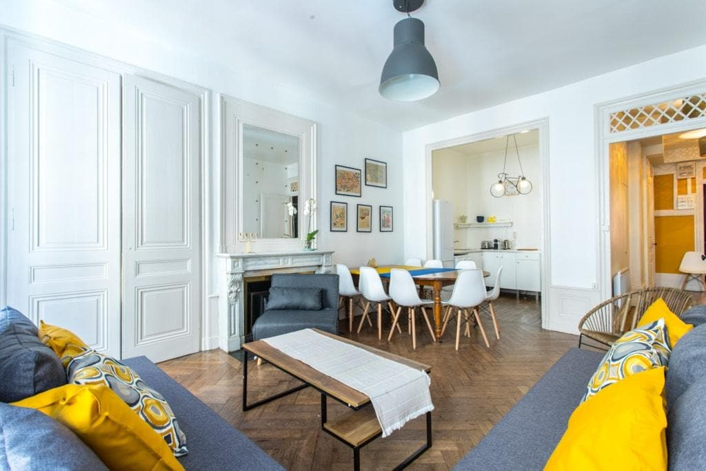 Property Image 1 - Typical Apartment In An Historical District Of Lyon
