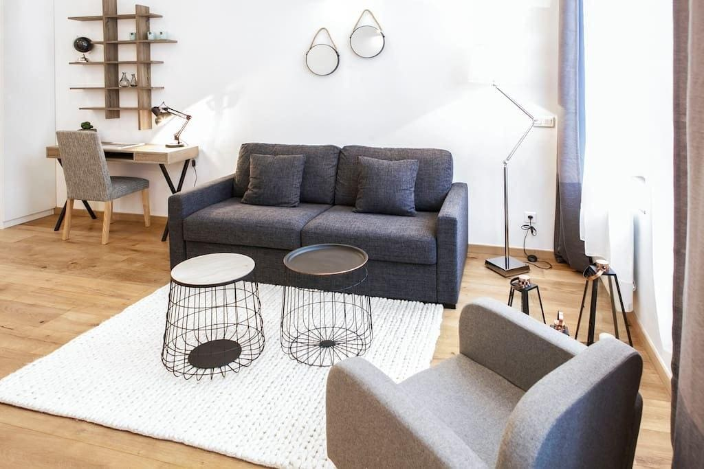 Property Image 2 - Stylish Apartment next to the train station of Lille