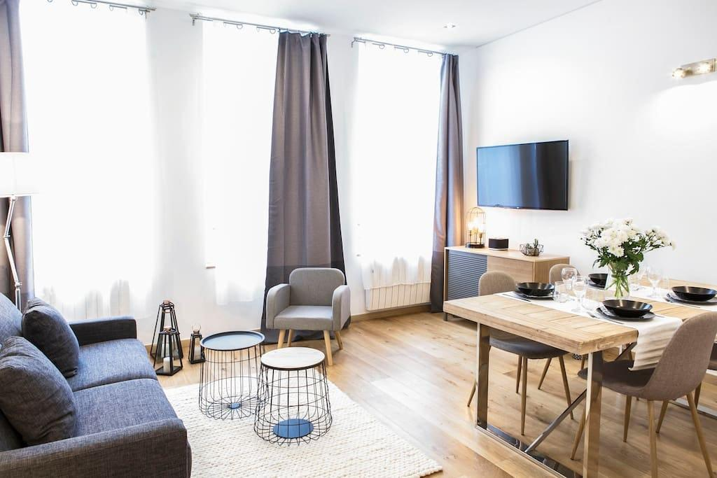 Property Image 1 - Stylish Apartment next to the train station of Lille