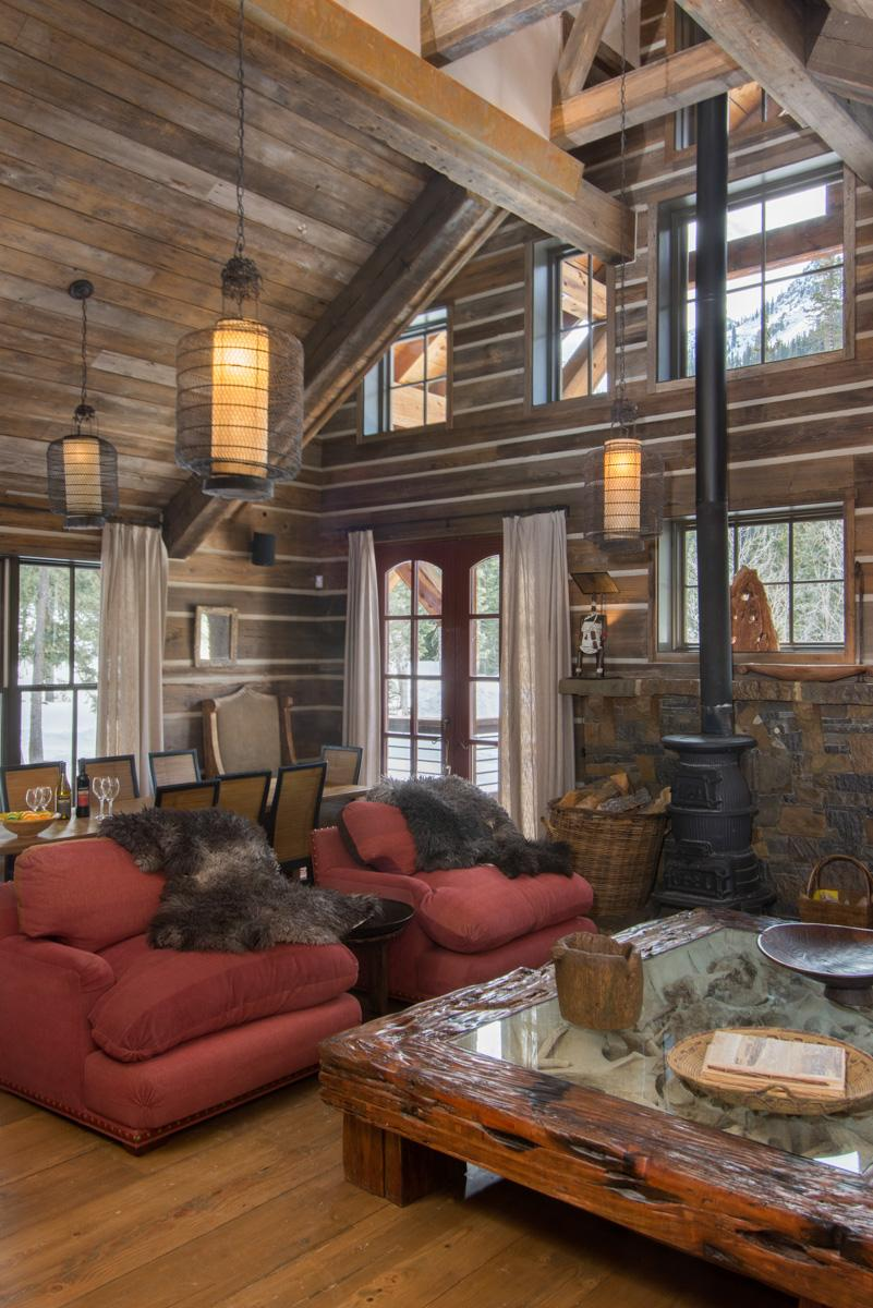 Luxury Mountaintop Cabin Steps Away from Ski Lift