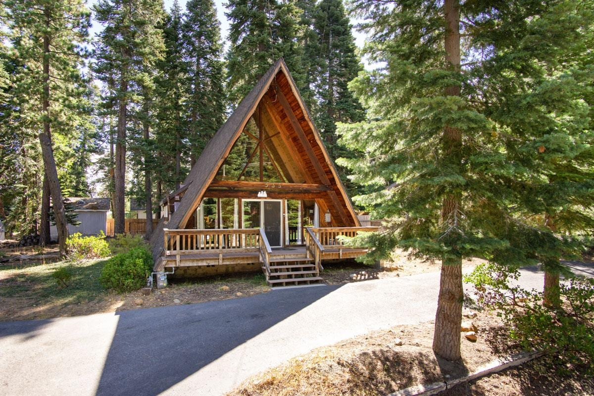 Classic A-Frame Cabin on Wooded Lot with Private Deck