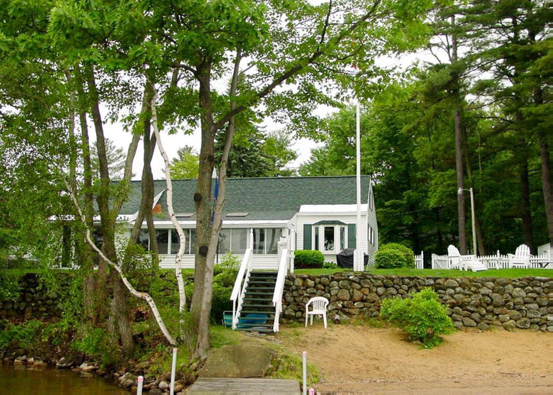 Charming Cottage with Fenced Yard and Private Beach