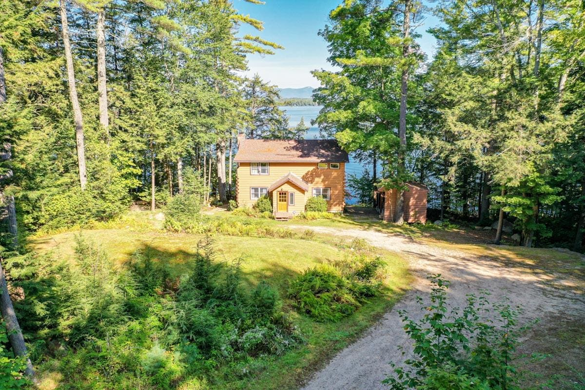 Property Image 1 - Tranquil, Pet-Friendly Cabin with Oversized Dock