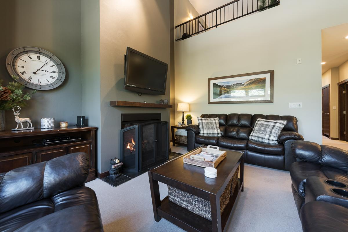 Chic Condo with Lodge Amenities Steps from Eagle Lodge