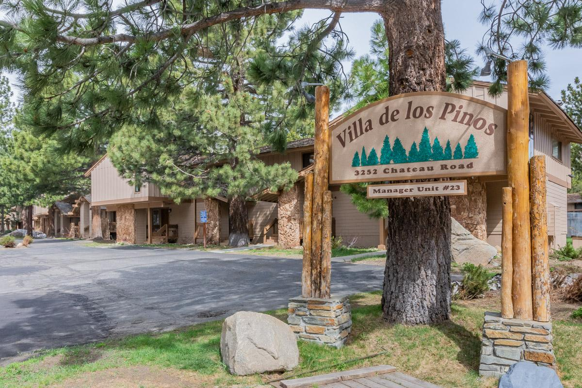 Charming Mammoth Lakes Condo with Clubhouse Amenities