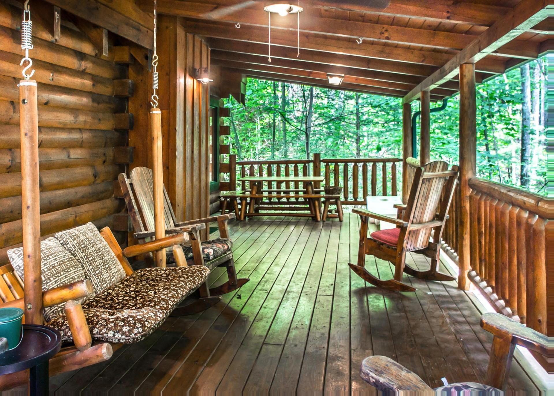 Secluded Cabin with Modern Decor and Private Hot Tub