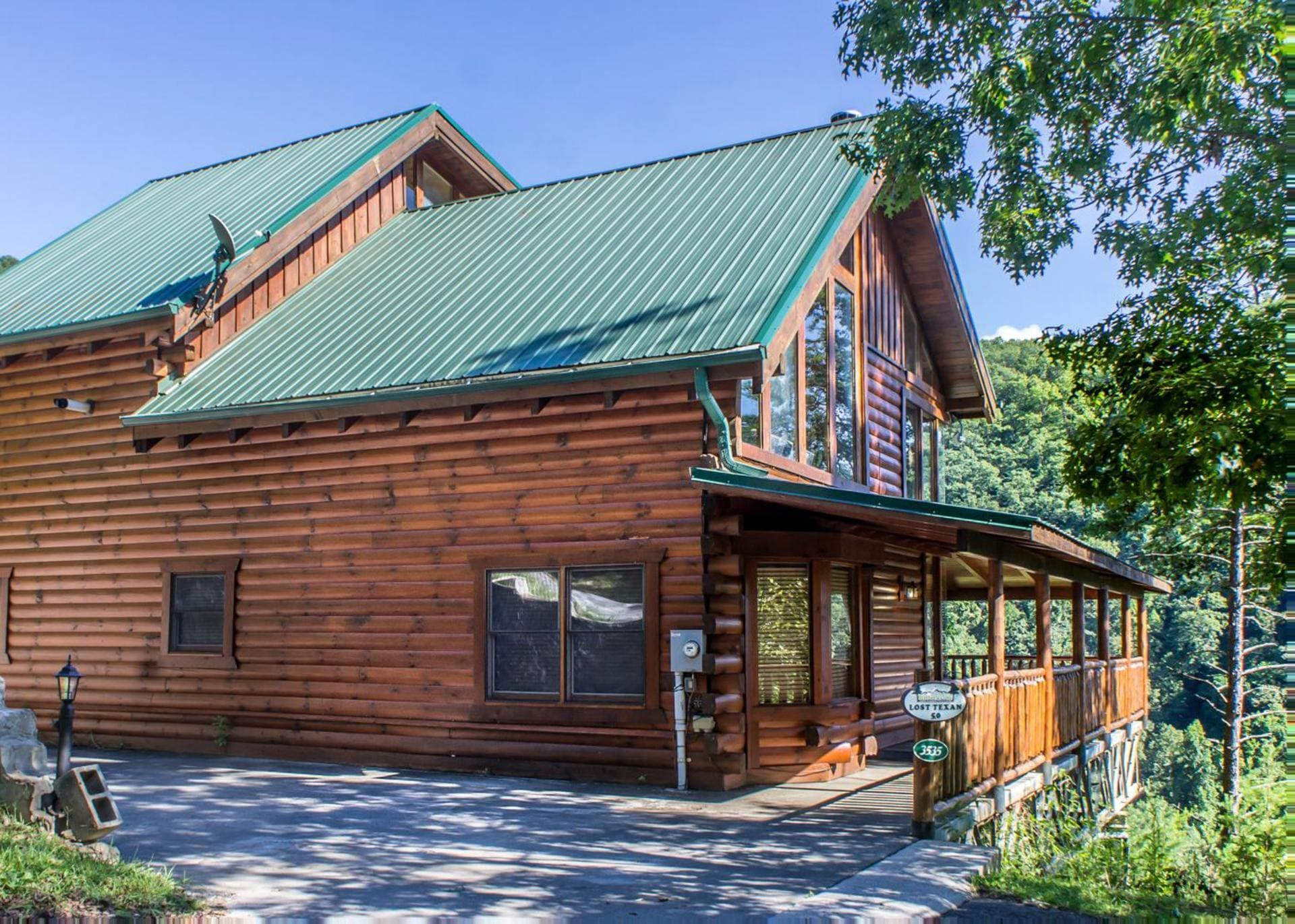 Property Image 2 - Updated Cabin with Sweeping Mountainside Views