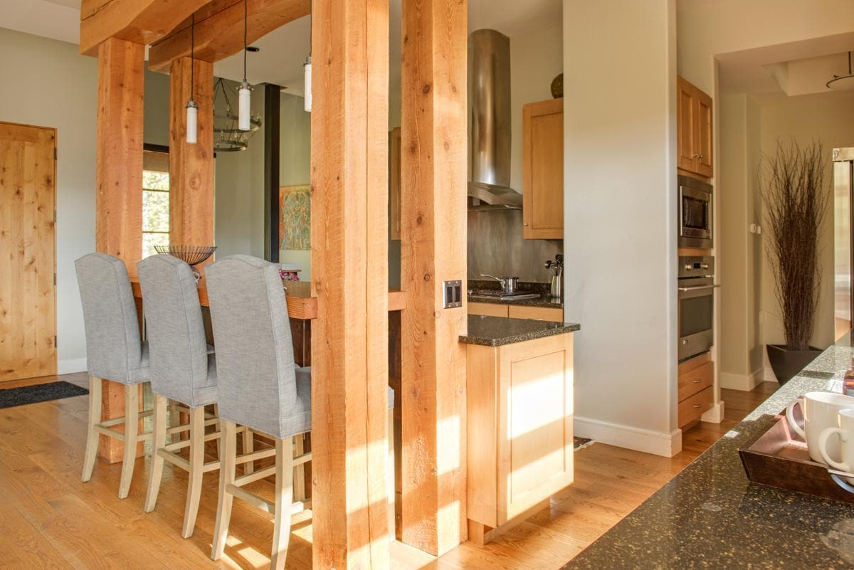 Updated Ski-Accessible Chalet with Lone Mountain Views