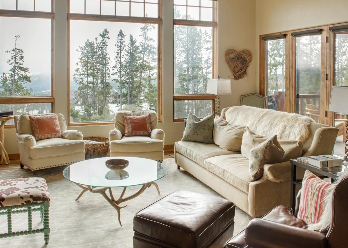 Slopeside Moonlight Basin Condo Suite with Modern Decor