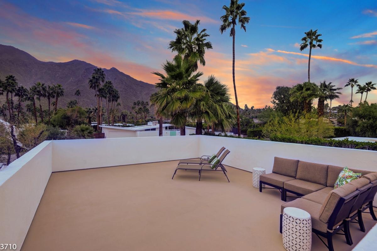Property Image 2 - Modern Vista Las Palmas Ranch with Spectacular Sunsets