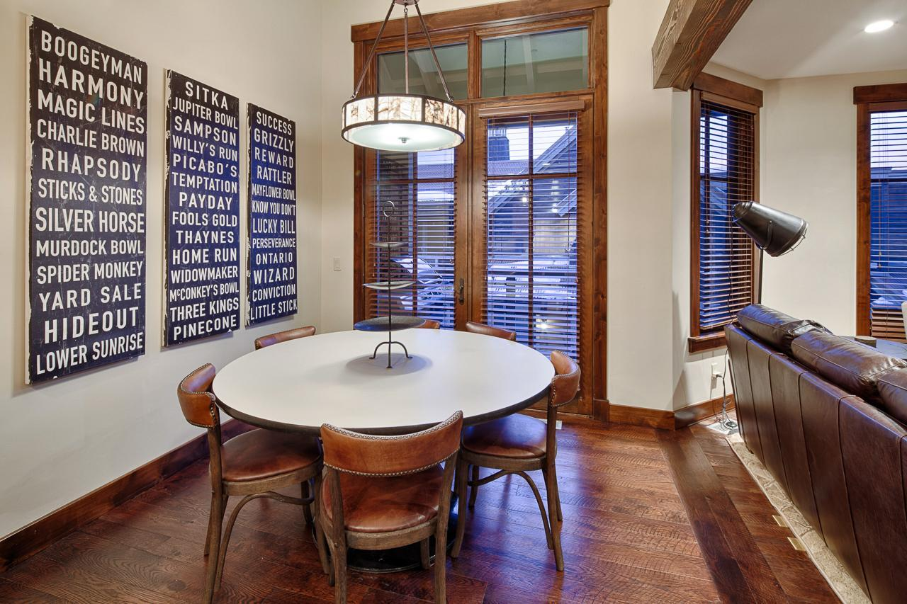 Property Image 2 - Modern Slopeside Townhome with Western-Inspired Decor