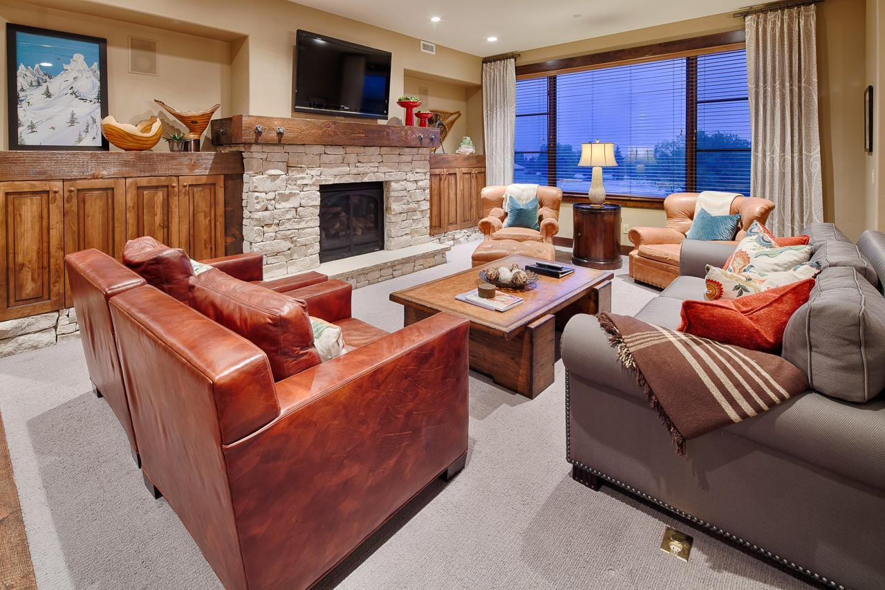 Property Image 1 - Western-Inspired, Slopeside Condo with Private Spa