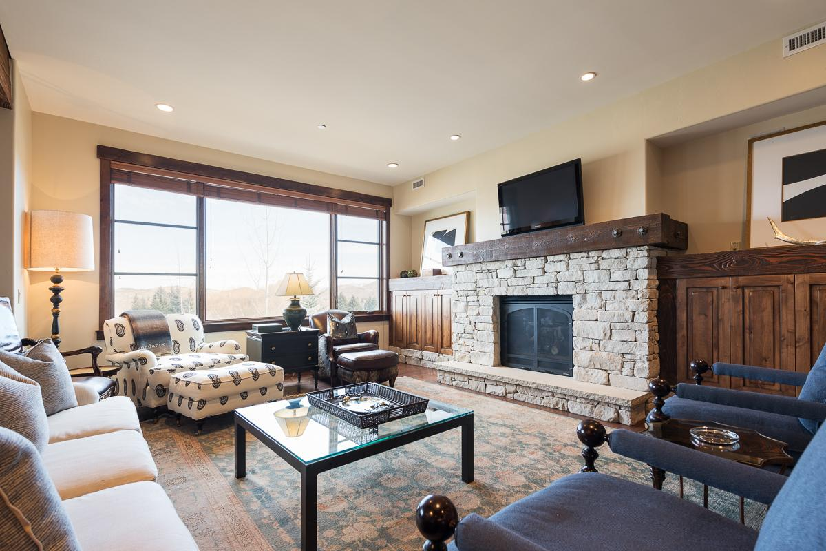Property Image 1 - Modern Condo in Slopeside Community with Private Spa