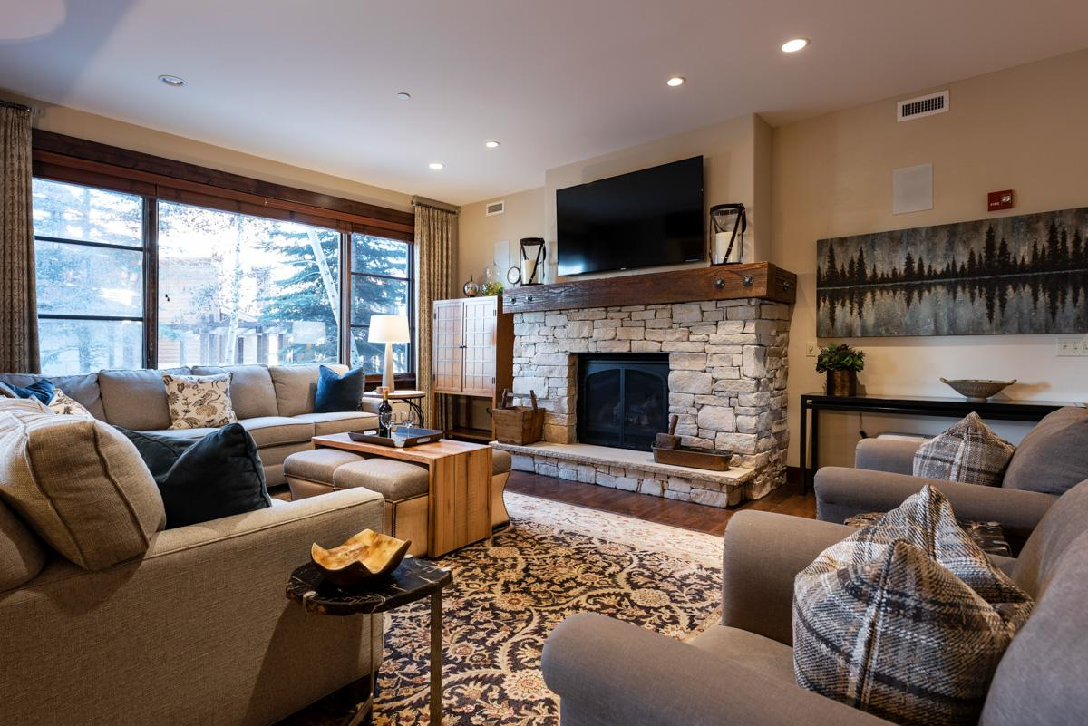 Property Image 2 - Stylish Mountain Condo Steps from Chairlift with Spa